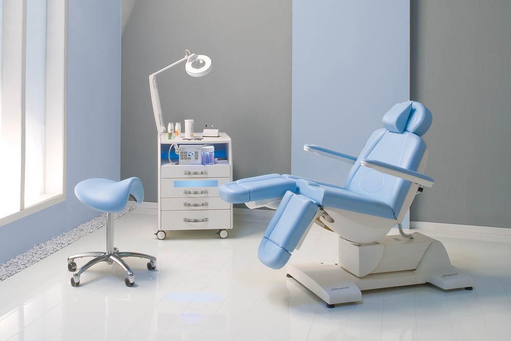 Gharieni podiatry chair SPL Podo